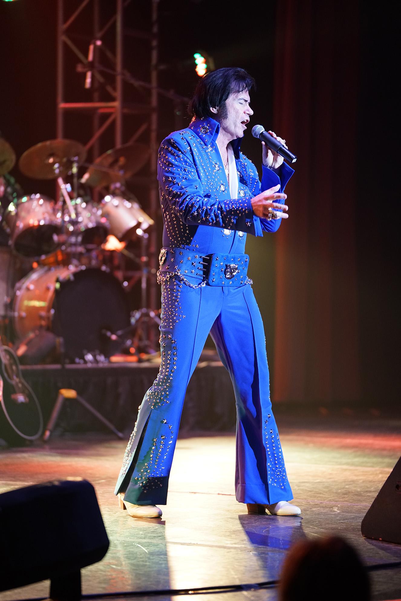 Elvis Gallery 2017 Entertainment Casablanca Resort And